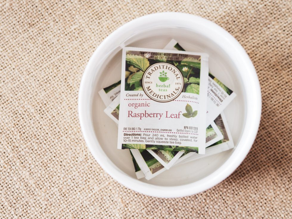How to Induce Labor with Raspberry Leaf Tea - Sincerely Farah