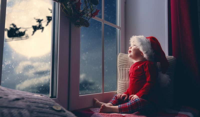 15 Best Christmas Traditions to Start with Your Baby